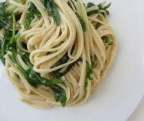 Linguine Pasta with Butter and Arugula