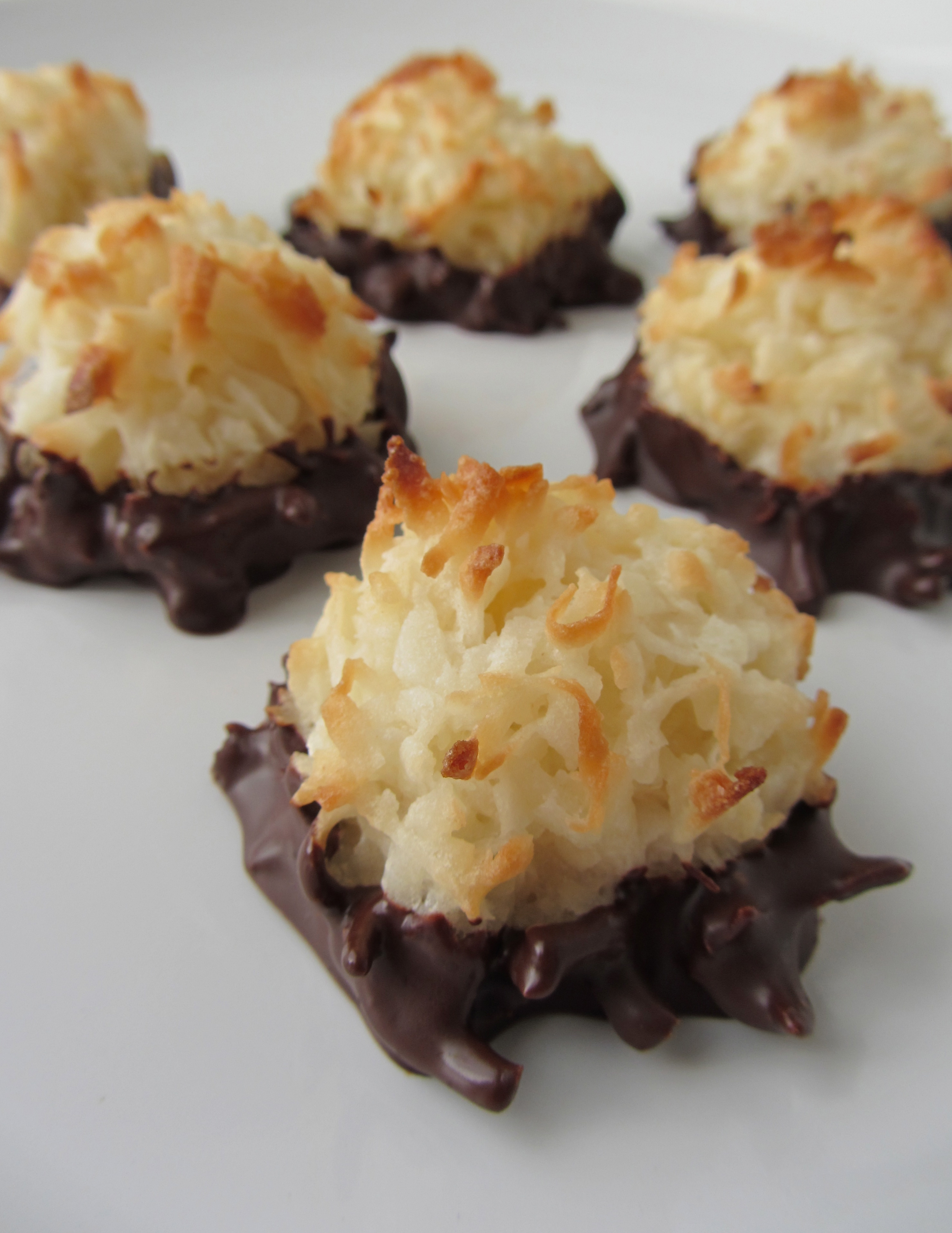 Chocolate Dipped Coconut Macaroons | I'm Not A Cook