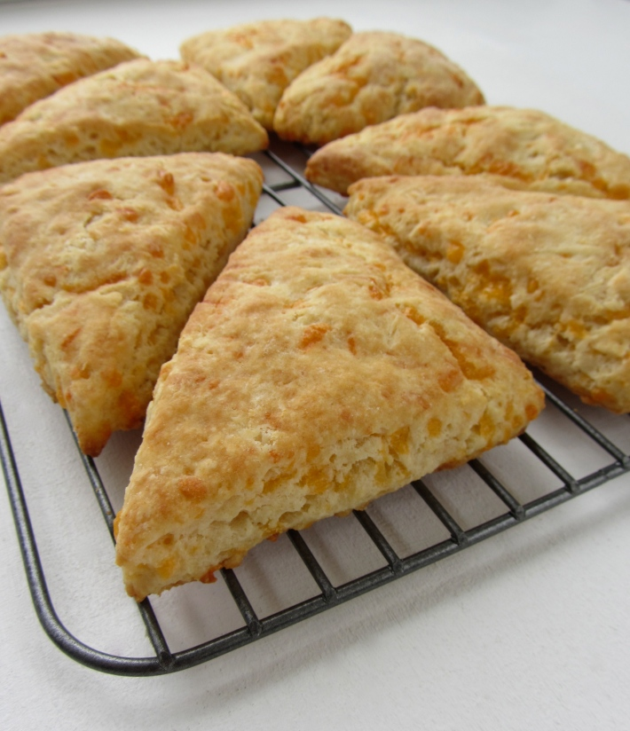 Cheddar Cheese and Buttermilk Scones